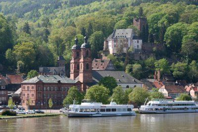 Miltenberg_Burg_und_Kirche_20090420